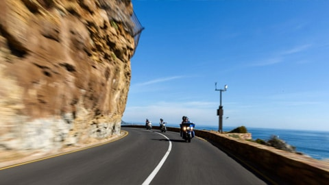 At Makani, we offer you the freedom and flexibility to create your own adventure with our simple motorcycle rental options.